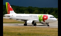 TAP Portugal Airbus A319 04